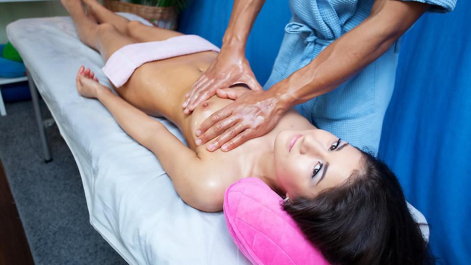 Порно массаж в салоне куни подвинулась